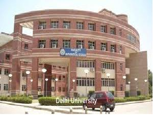 Students Detained From Taking Exam In DU