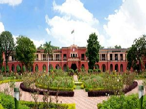 Admission open at Indian School of Mines
