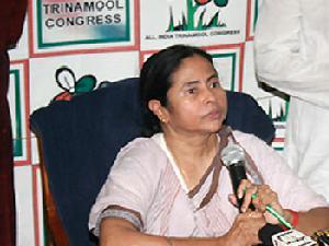 Mamata Banerjee Forces To Cancel NEET