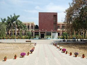 Admission Open at MNNIT, Allahabad