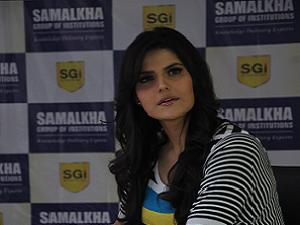 Zareen Khan as Brand Ambassador for SGI