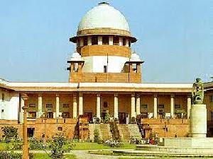 Court Issues Notice To Delhi University