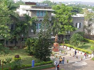 TMV Starts New Law College in Pune