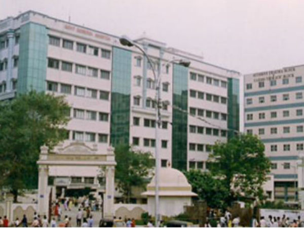 8. Madras Medical College (MMC)