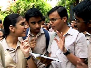 HSC Students Moved To HC Over NEET