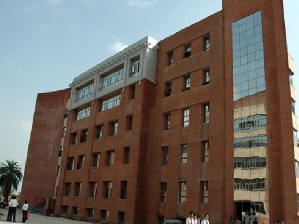 Law topten university