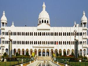 UG Courses at Sathyabama University