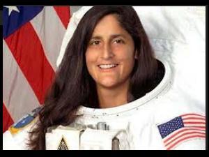 Astronaut Sunita Meets Mumbai Students