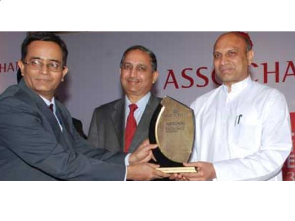 "TAPMI gets ""Best Bschool in South"" Award"