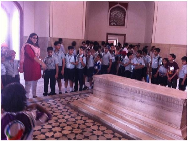 Students of Grades 3-6 went on a Heritage Walk to Humayun's Tomb