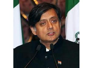 Shashi Tharoor Hangs out on Google+. Promises Transparency in Edu'n.