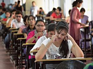 NEET UG 2013 in Karnataka on May 18