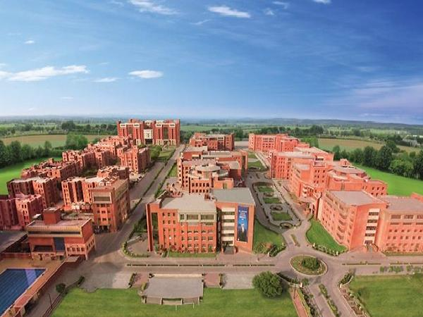 Top 5 Best Private Universities of India 2013