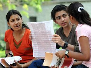 Falling rupee affects Foreign Education