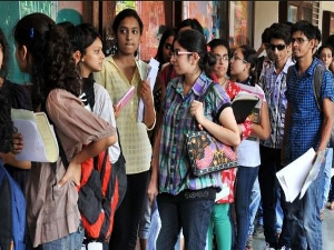 k applications sold for JNU Admissions CareerIndia