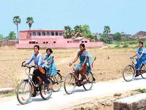 1.5 lakh girl students to get cycles