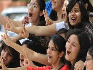 Indian Students attracted to CAN Univ