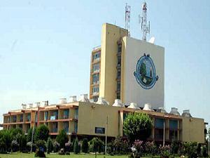 Kashmir varsity strengthened higher ed'n