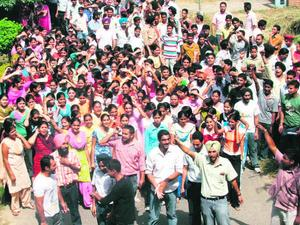 IAS aspirants howl exam changes detained