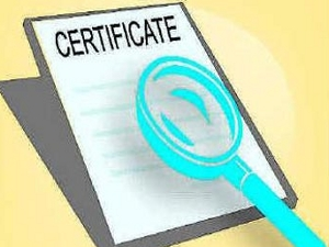Man nabbed for selling fake certificates