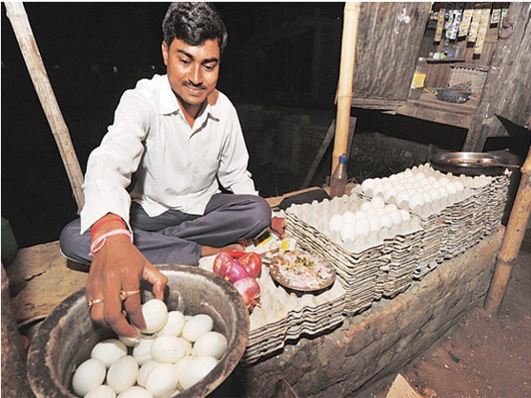 Egg Vendor tunes Civil Service aspirants