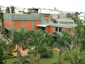 IIPM, Bangalore offers PGDM in ABPM