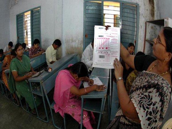 CBI raids SSC exam centre at New Delhi