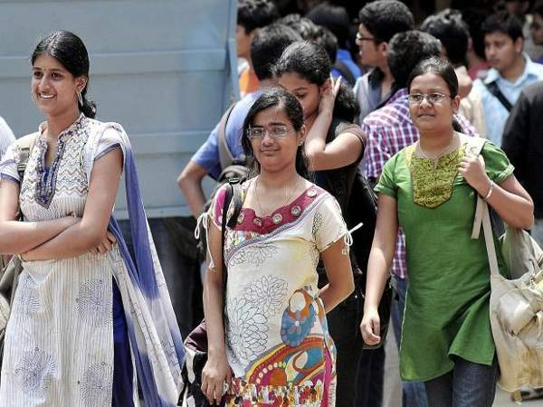 50% IIT'ians not from coaching classes