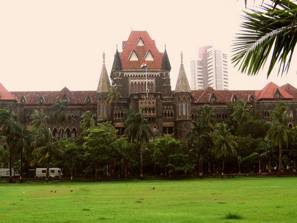 Maha schools not following HC order