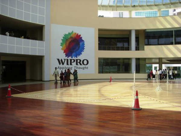 Foreigner interns in Wipro