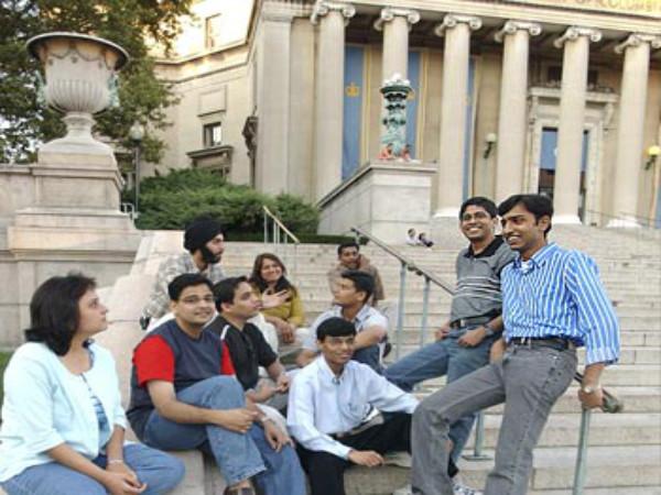 US Graduation Schools have more Indian students
