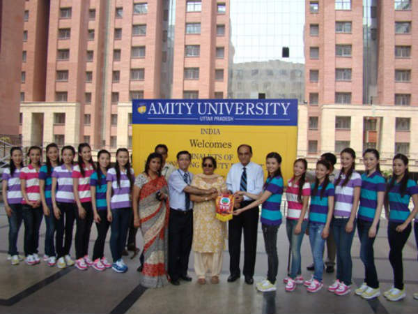 450 students participated in Amity's programme