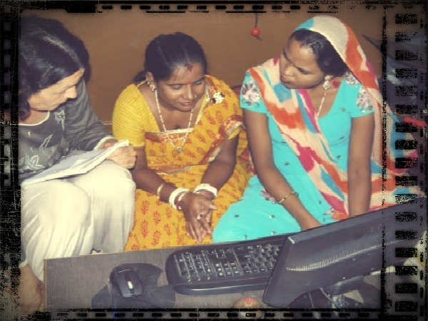 Google India to educate women get Online via HWGO