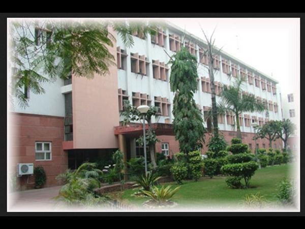 Online Certificate Course in Law at ILI, New Delhi