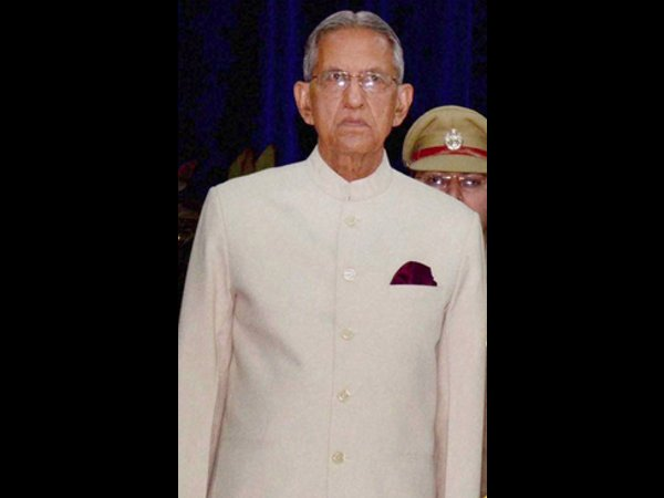 UP Governor addresses Sanskrit varsity convocation