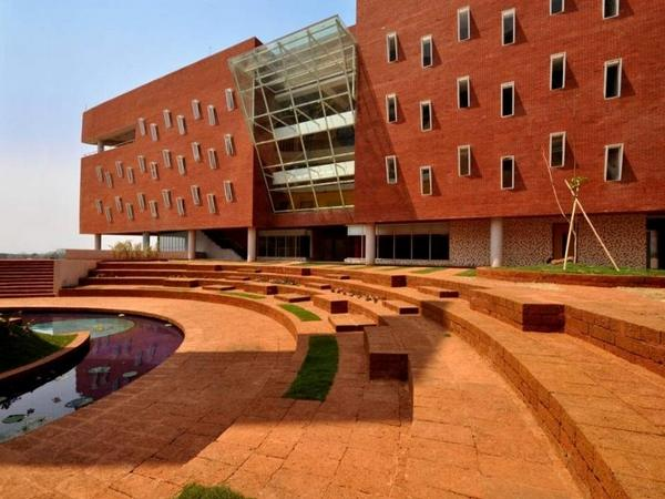 IMI, Bhubaneswar offers PGDM admission 2014