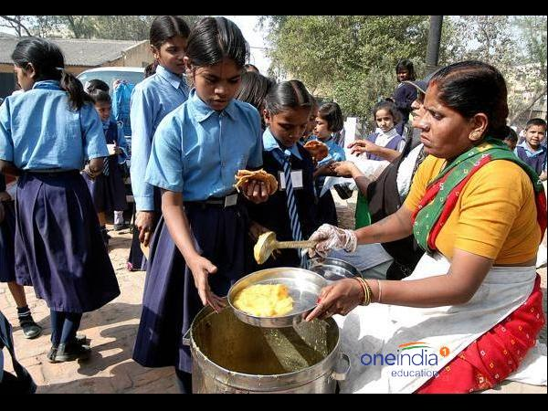 Rajiv Gandhi Breakfast Scheme for students