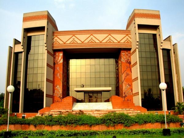 IIM Kolkata to do research with Canada B-school