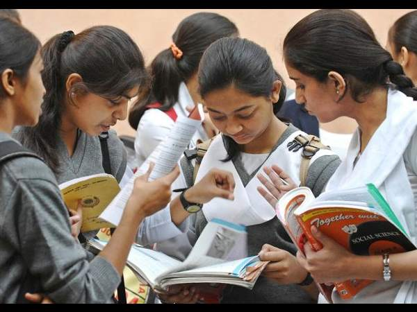 Fake CBSE textbooks are available in Delhi market