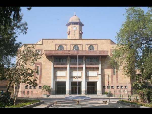 500 M.A students of Gujarat varsity get zero marks