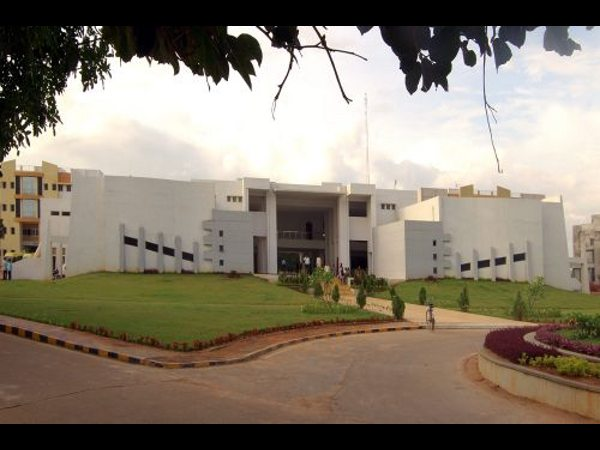 Sreenidhi Institute of Science and Technology, Ranga Reddy