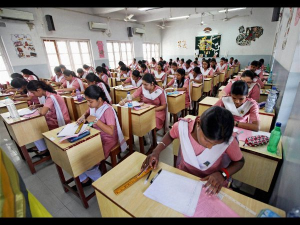 Reintroduce board examinations: Students to Irani