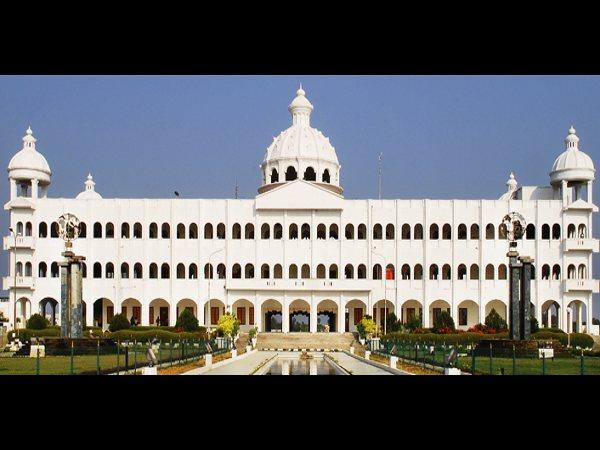 B.Tech, B.Arch, BDS Courses @Sathyabama University
