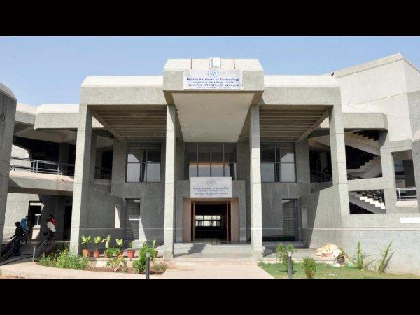 IIT Gandhinagar offers M.A Scholarships 2015