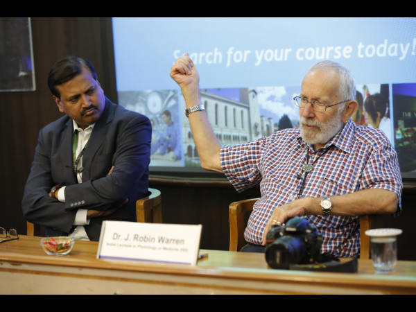 Noble laureate Dr Warren interacts with WeSchool
