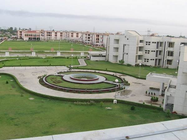 IIT Kanpur Opens M.Tech Programmes Admissions 2015