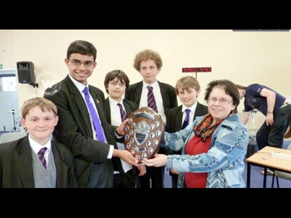 Top physics honour for Indian-origin student in Br