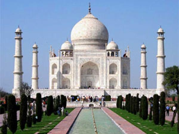National Tourism Univ can have campus in Agra
