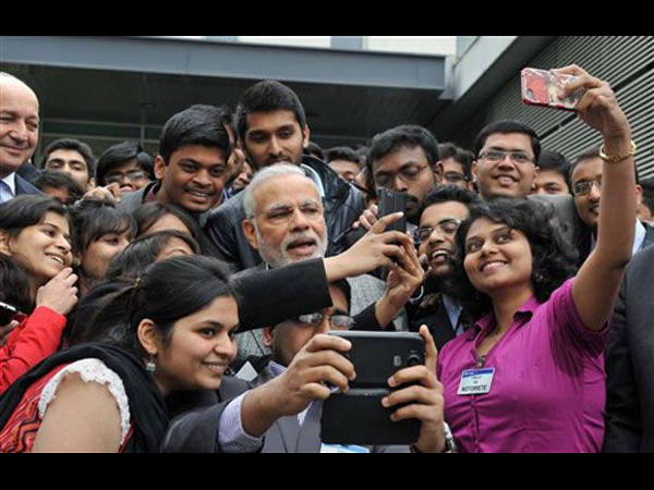 Modi takes selfie with Indian students in France