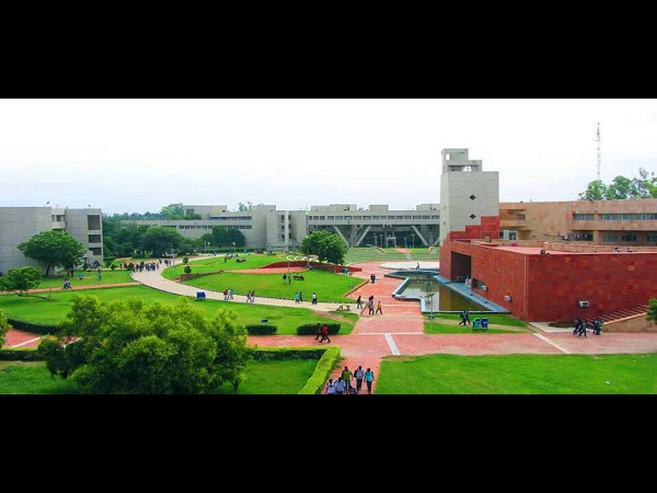 DTU offers admissions to M.Tech programmes